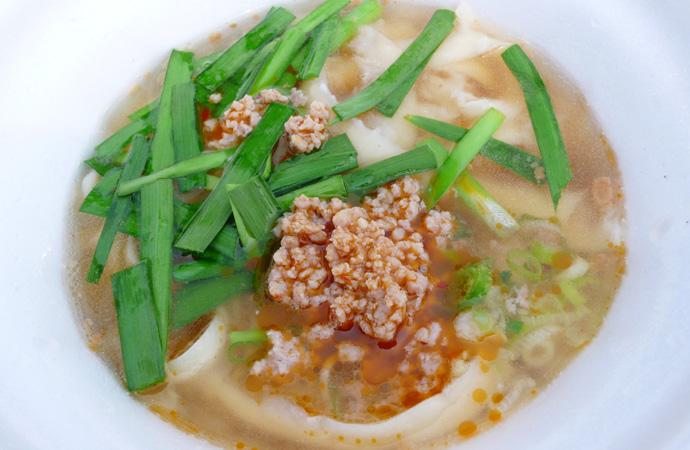 万博刀削麺ミンチ
