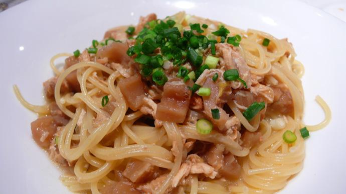鶏肉と蓮根のスパゲティ