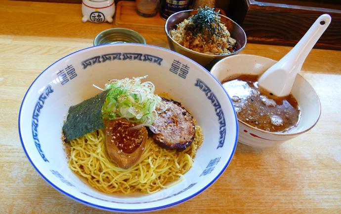 カリカリつけ麺