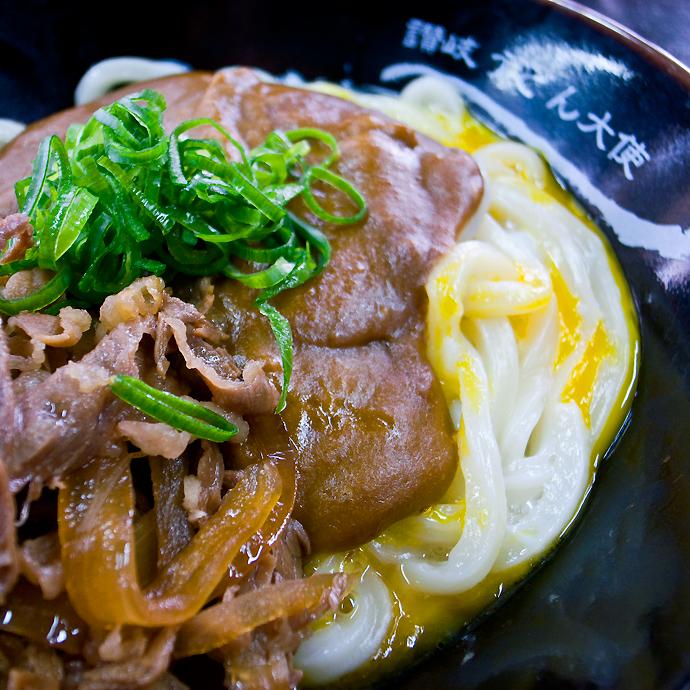 肉カレー釜玉