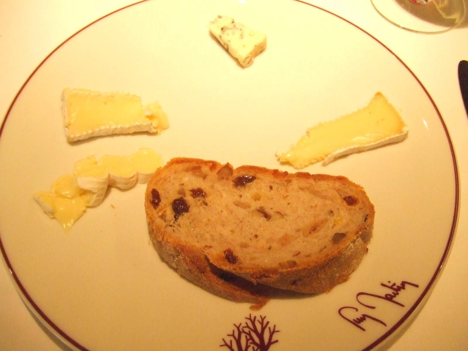 フランス直輸入フレッシュチーズの盛り合わせ